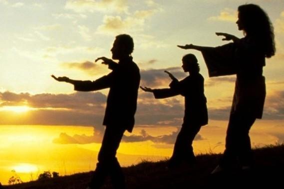 Les 18 mouvements du Tai Ji Qi Gong - Parenthèse de Sérénité - Doctissimo