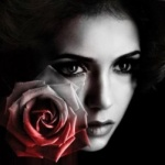 miss-dark-rose