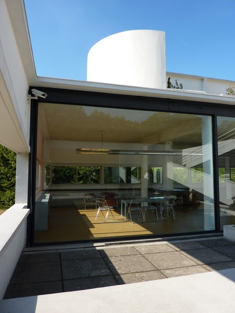 Poissy villa savoye le corbusier france ile de for Poissy le corbusier