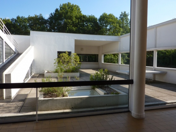 essay on villa savoye