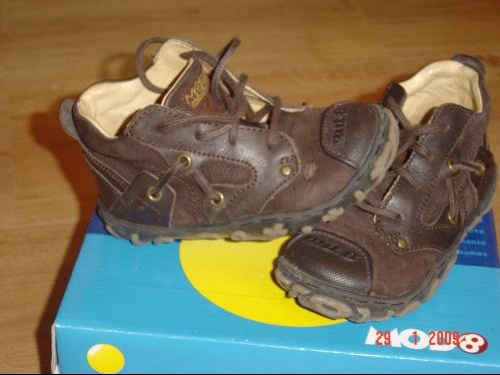 CHAUSSURES MOD 8 T24
