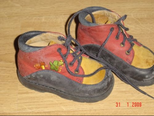 CHAUSSURES 1 ER PAS T20