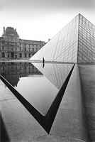 pyramide-du-louvre1993