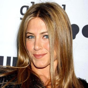 jennifer-aniston-2512266_1350