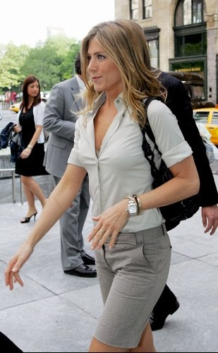 jennifer-aniston-20070912-310786