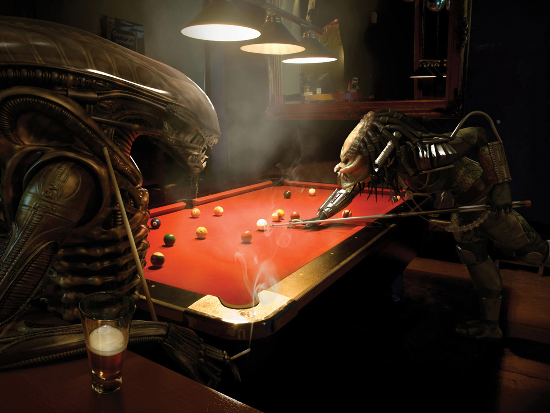 dans fond ecran alien album-foto-alien_vs_predator_playing_pool-big