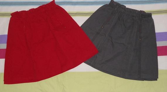 jupe DPAM 14ans 1 rouge et 1 grise