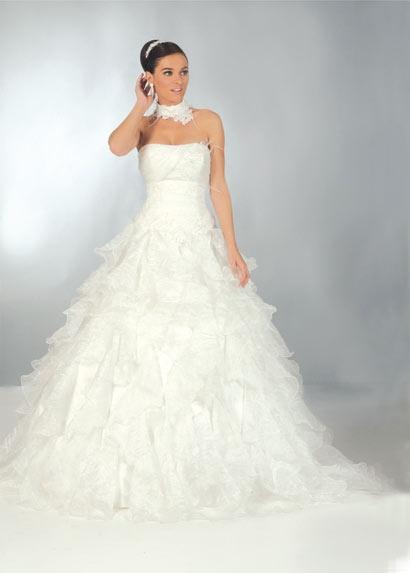 Robe de mariage fushia et blanc for Robes de mariage en argent