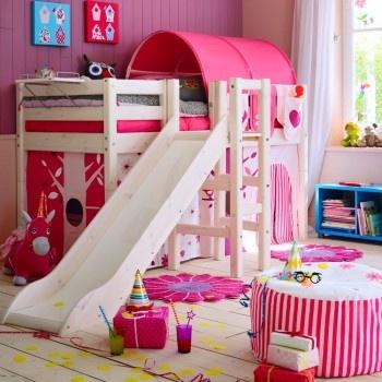 un vrai jardin d\'enfant ! chez Fly - Chambre fille - Princesse-Aina ...