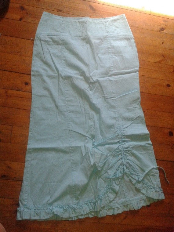 jupe longue : 3 euro