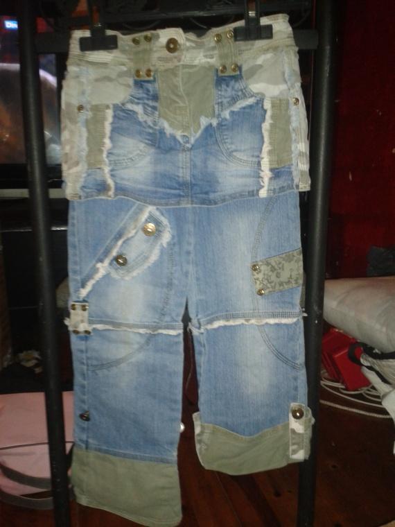 detail posibiliter de remonter le jeans den bas