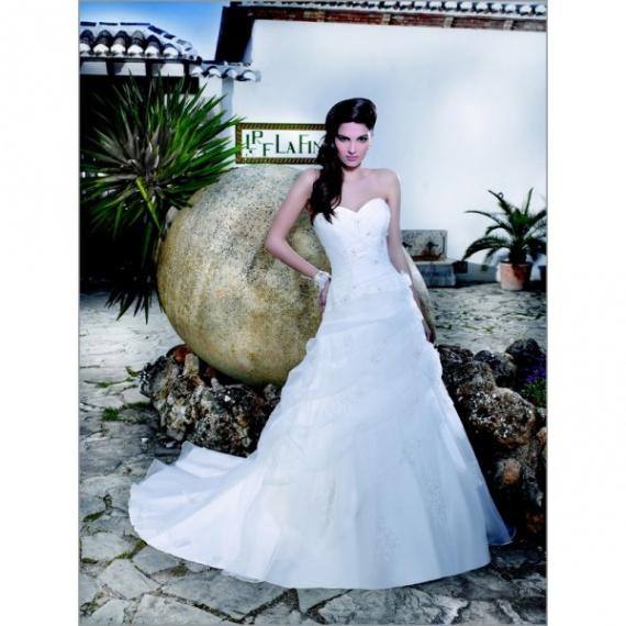 Самые красивые свадебные платья 2012 года.  Фото - Женский.