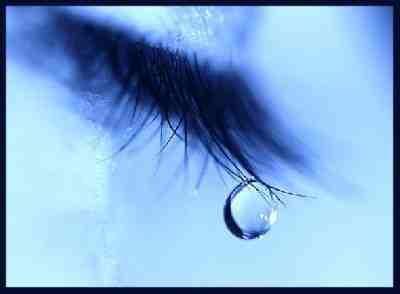 tristesse-larme-bleue-img