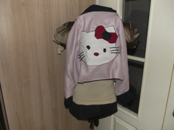 saourel hello kitty loulou