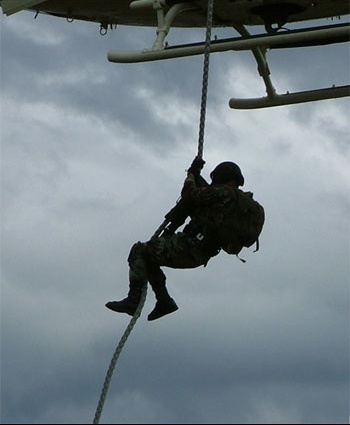 swat_training_helicopter