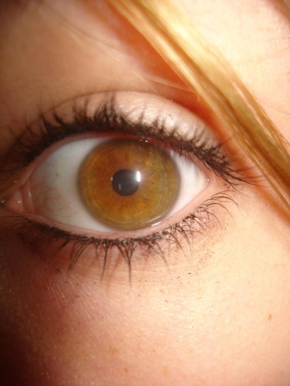 blonde yeux noisette beaut de la peau forum beaut. Black Bedroom Furniture Sets. Home Design Ideas