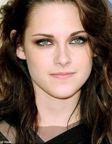 private-category-kristen-stewart_referen