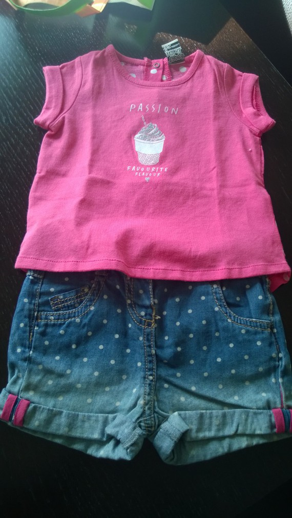 Ensemble 6 mois short t-shirt