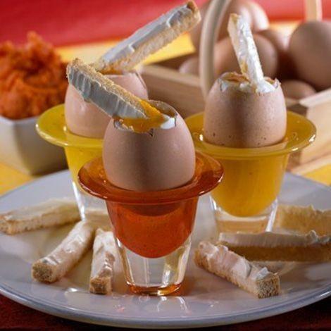 oeufs-a-la-coque-et-mouillettes-fromage_frais