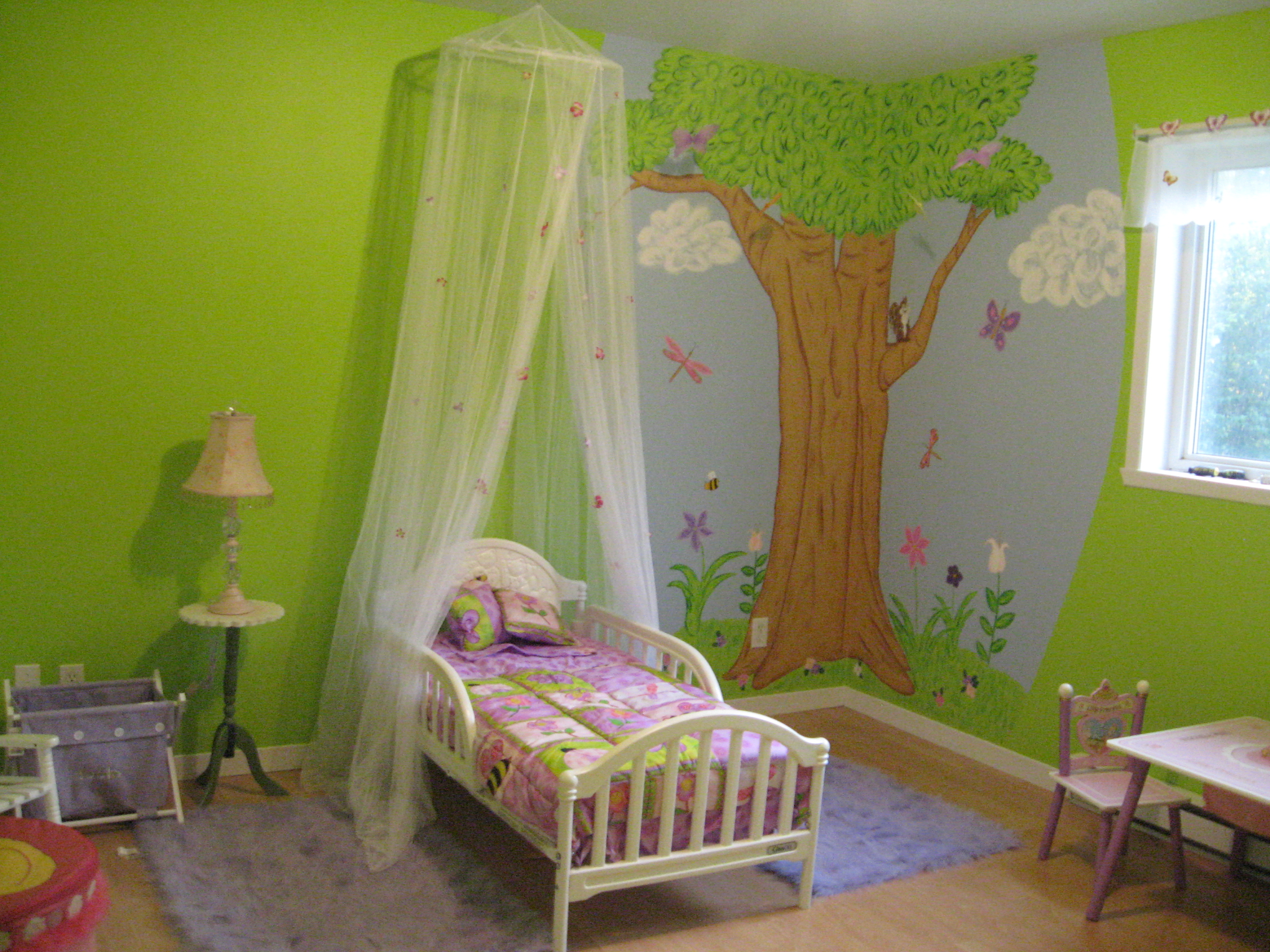 chambre de petite fille de 8 ans. Black Bedroom Furniture Sets. Home Design Ideas