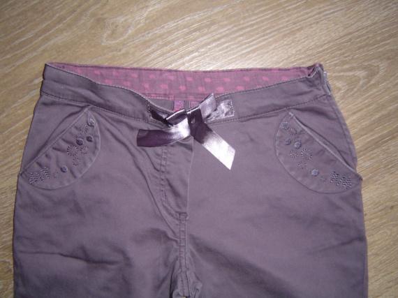 pantalon violet  lisa rose  5€
