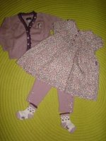 Ensemble SERGENT MAJOR Gilet+Robe+Legging+Bloomer+Chaussettes - 6 mois - 25€