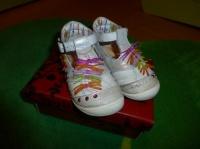Chaussures CATIMINI - Pointure 23 - 25€ hfdp