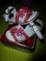 Chaussures CATIMINI - Taille 24 - Excellent état - 15€ hfdp
