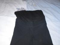 detail pantalon noir