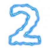 deux (8)
