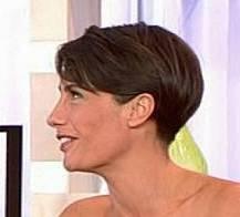 Coupe courte femme pour moi photos coiffure et for Coupe de cheveux alessandra sublet