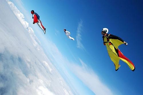 wingsuit03