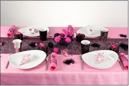 Location de nappes couleurs salles et d corations for Deco de table noir et rose