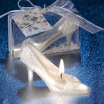516422_UACZFZ3TLJJS6L5VJ7PB6PZAU3UXIL_decorationsdemariage-com-bougie-chaussure-cendrillon-g_H120648