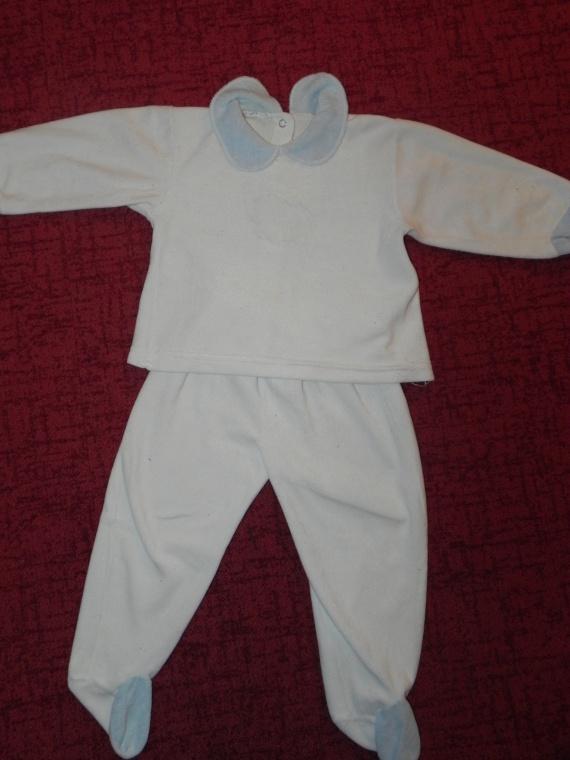 Pyjama 2€