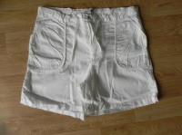 short blanc T.34/36 - 2€