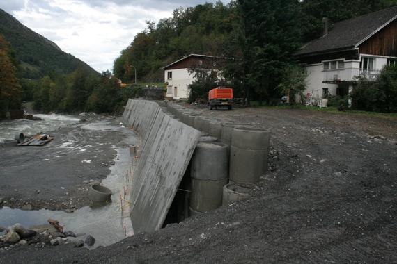 l' eau est passée au raz des maison.