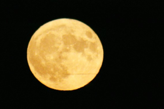 Super grosse lune