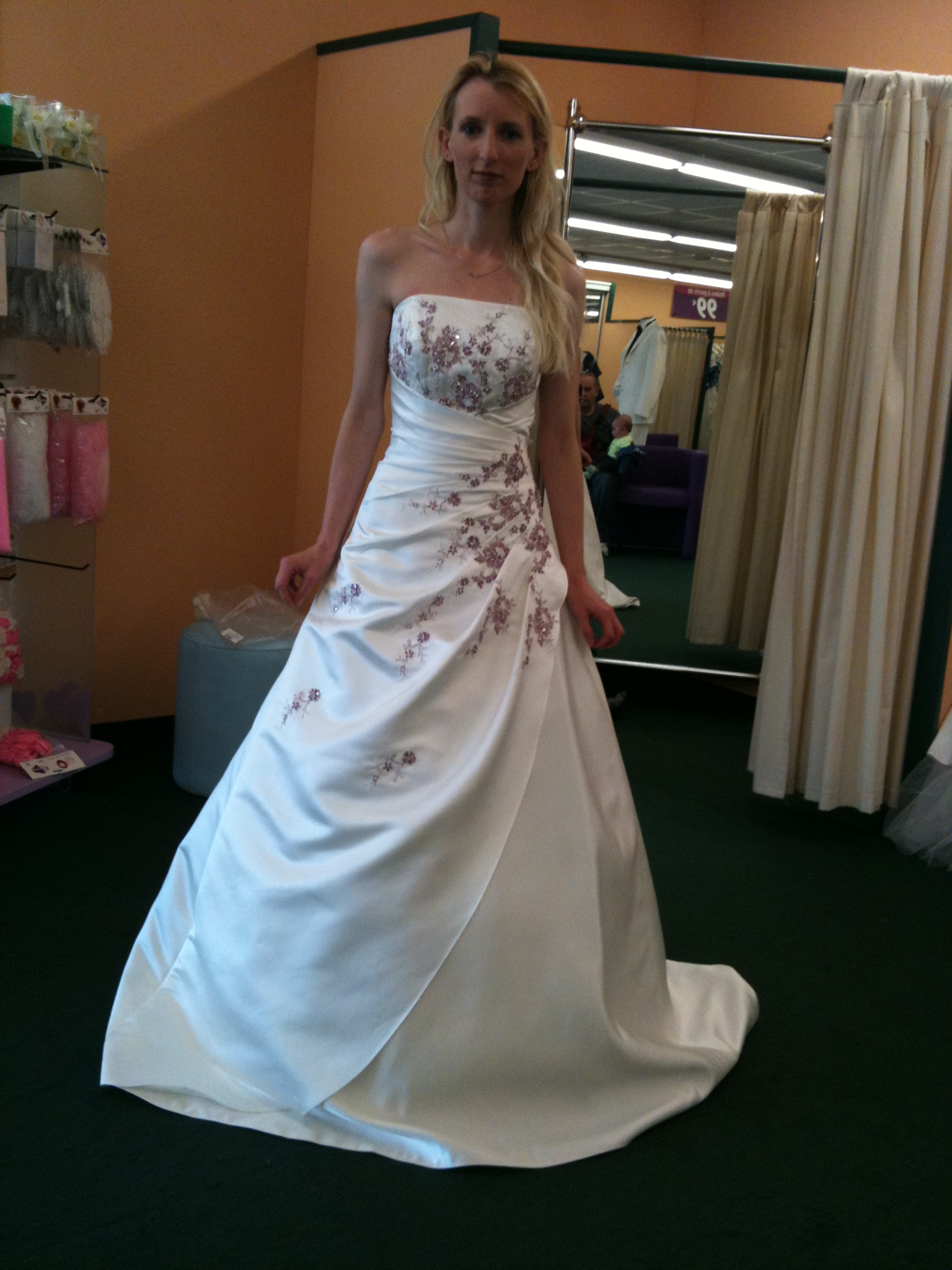 Robe de mariee a herblay for Atlanta mariage robes magasins