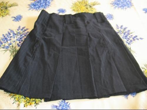 IM-751956-petite-jupe-plissee