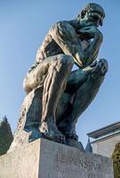 260px-Le_Penseur_in_the_Jardin_du_Musée_Rodin,_Paris_March_2014