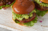 BurgerGuac_1381