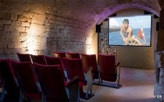 5858-la-salle-de-cinema-secrete-de-570x0-2