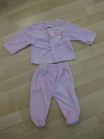 Pyjama rose 2pièces : 4€