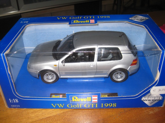 Voiture miniature de collection : 25 €