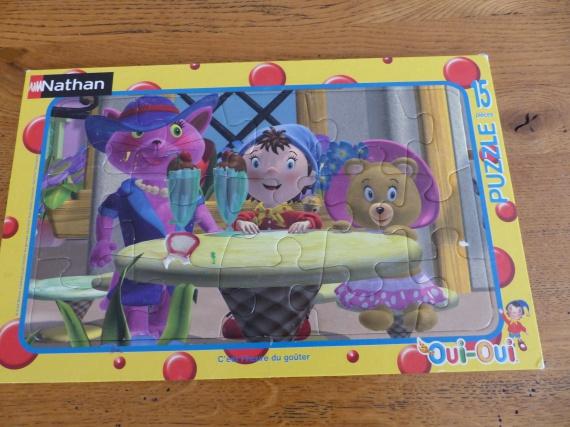 puzzle oui oui : 1€