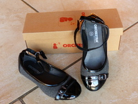 Chaussures neuves ORCHESTRA T30 : 10€
