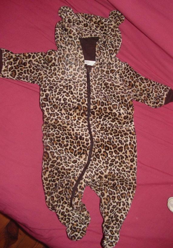 pyjama léopard 2-4 mois
