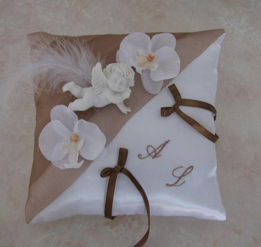 coussin porte alliance ivoire chocolat #3