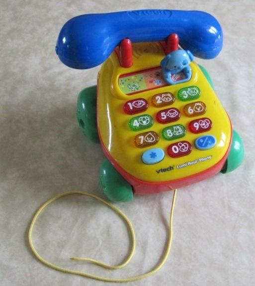 Vtech lumi roul phone 7€